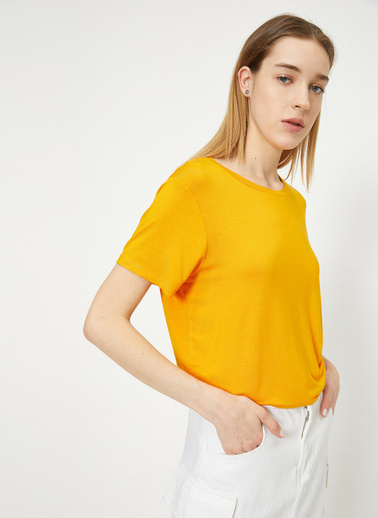 Koton Yirtmaç Detaylı Bol Kesim T-Shirt Oranj